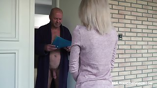 Having visited older neighbor natural beauty Missy Luv gives a careful head