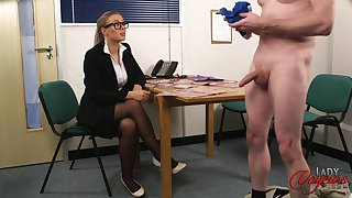 CFNM slut upon glasses watches a dude stroke his cock - Beth Bennett