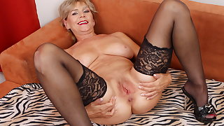 Aged mature Inke lubes with an increment of dildo pumps her pussy