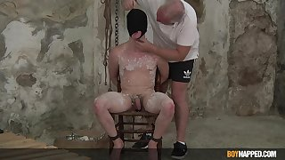 Nude gay old egg plays submissive for doyenne grandpa