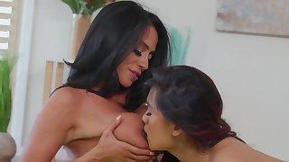 Ariella Ferrera & Elle Voneva are lovemaking during Yoga variety